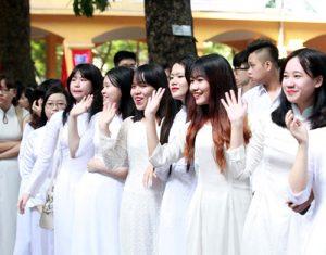 áo dài trắng đồng phục học sinh