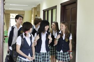 may áo khoác đồng phục học sinh hàn quốc