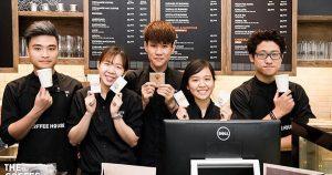 dong-phuc-ao-thun-cafe-phong-cach-chau-au